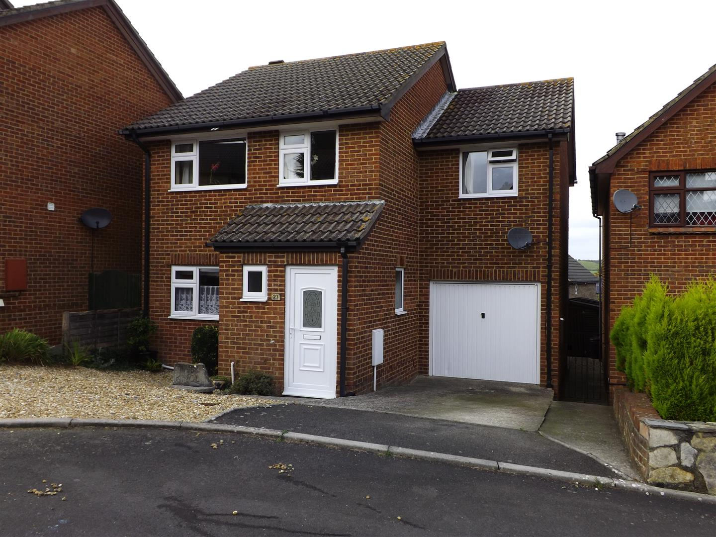 4 Bedrooms Detached House for sale in Sandbourne Close, Swanage
